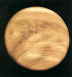 Mariner_10_image_of_Venus_cloud_tops_medium