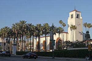300px-Union_Station_profile,_LA,_CA,_jjron_22.03.2012
