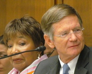 Representatives Eddie Bernice Johnson (D–TX) and Lamar Smith (R–TX). Credit: Science Insider