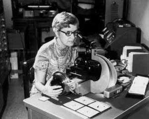 Vera Rubin measuring spectra, circa 1970. (Credit: American Institute of Physics)